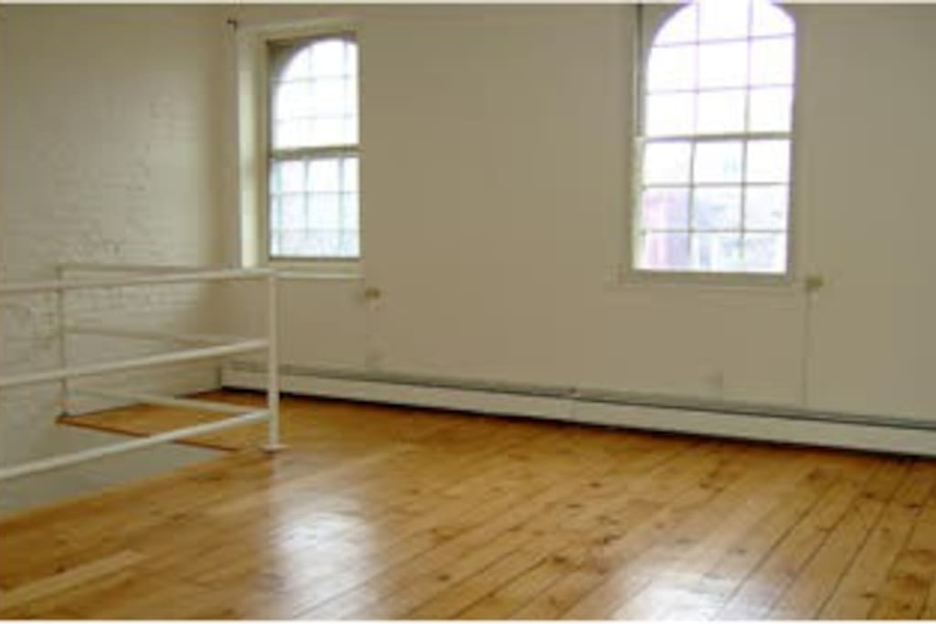 2nd floor/bedroom