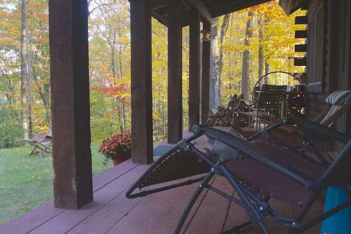 Pine Hill Retreat, Log Cabin, 30acres - Cohocton - Stuga