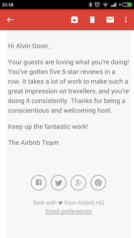Five 5-star Reviews In Row by Airbnb's guest.
