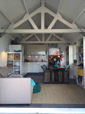 Cosy cottage near Amsterdam - Weesp