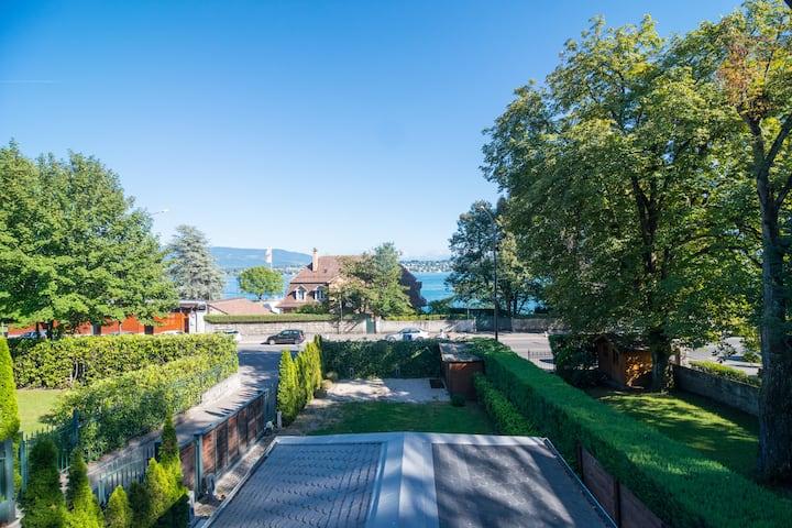 Lake View - Modern House - Near UN