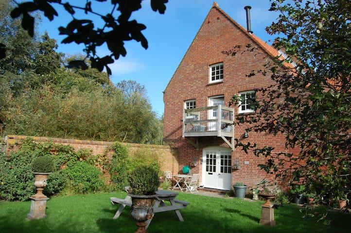 Westend Watermill - Burnham Overy Staithe - House