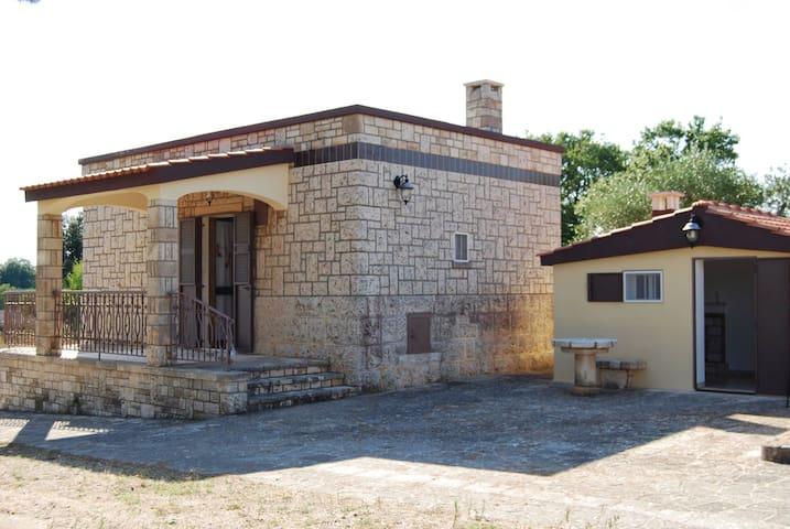 Elegante dimora in pietra locale - Noci - บ้าน
