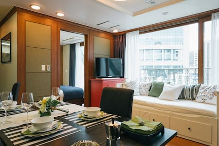 ★BR' Suite C @ Central MYEONGDONG!★