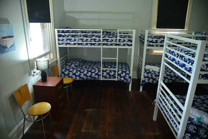 Geraldton Backpackers  6 Bed Male Dorm per person