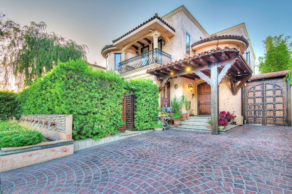 Amazing tuscan style villa in prime la location ville in for Piani casa in stile artigiano 4 camere da letto