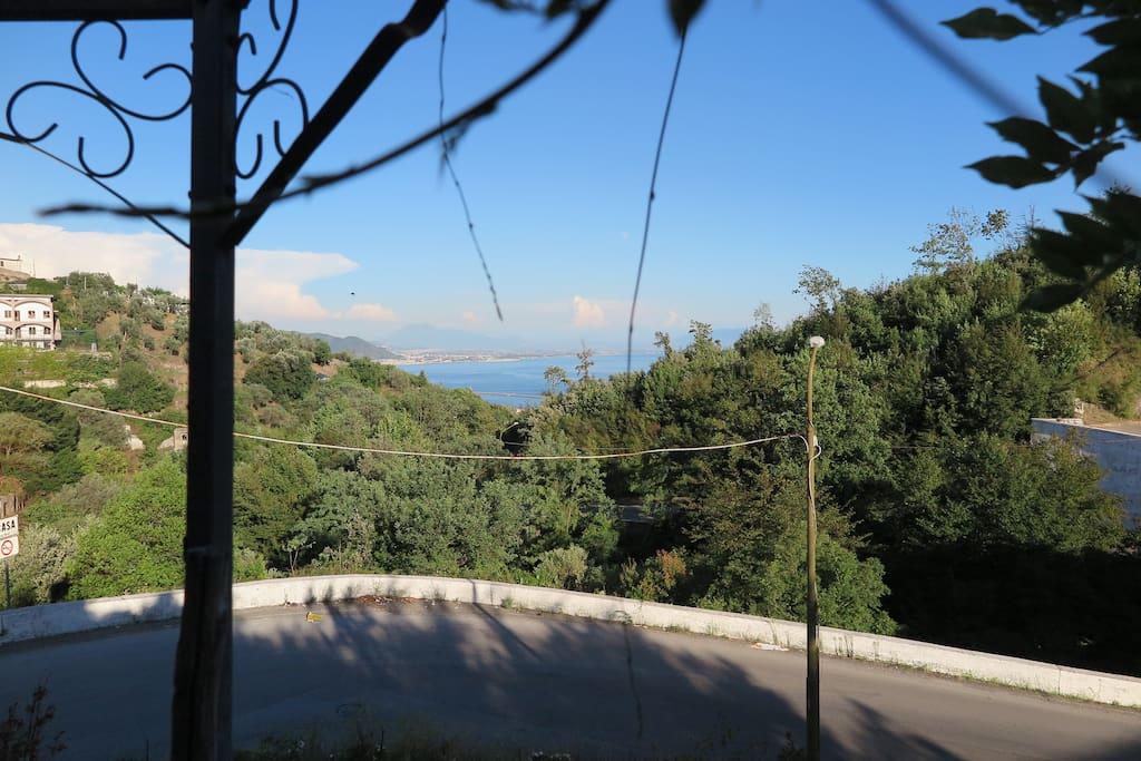 Panorama dal Gazebo in giardino.