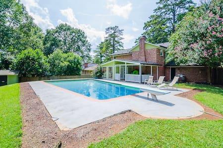 Atlanta New 4 BDR,Stunning Pool
