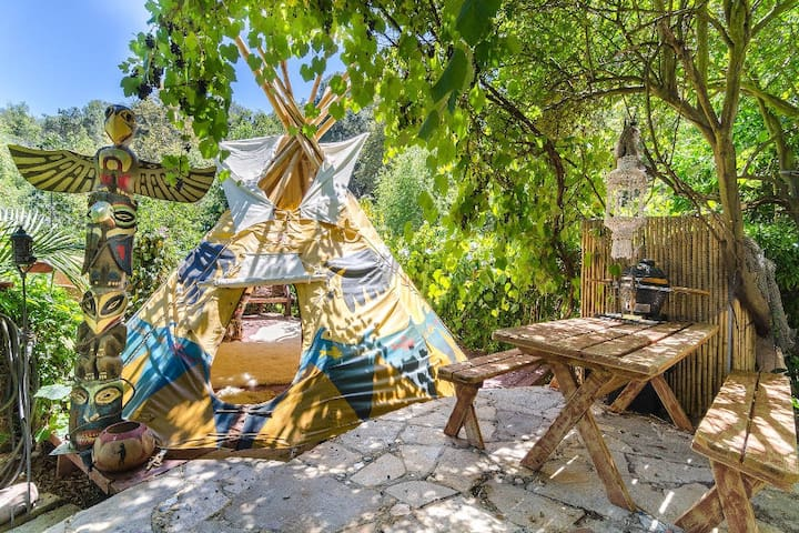 Lounge Teepee Exterior (not for overnights, guests sleep in guesthouse in first photo)