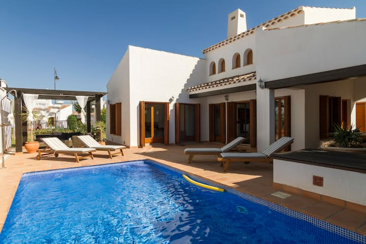 Luxurious Villa in Murcia El Valle