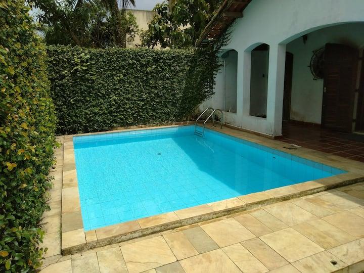Casa confortável Jardim Virginia Enseada Guarujá