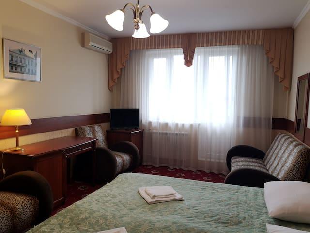 Orekhovo Apartments #55 near Tsaritsyno park
