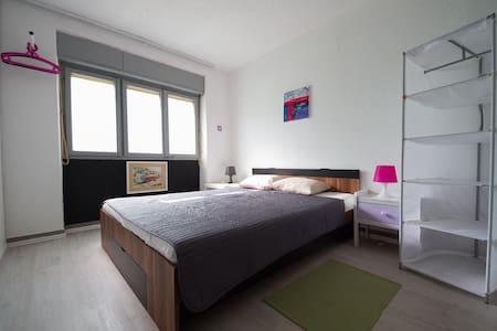 Villa Nat. Room1, for 2 pers - Premantura - Apartamento