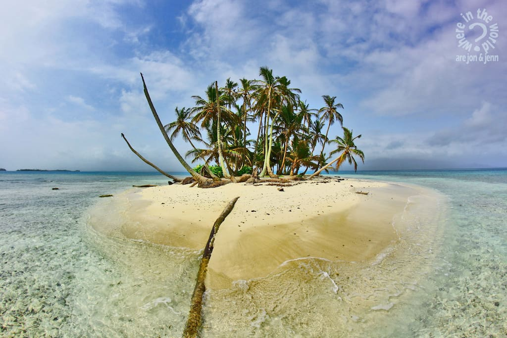 Just one of many uninhabited islands in the San Blas!