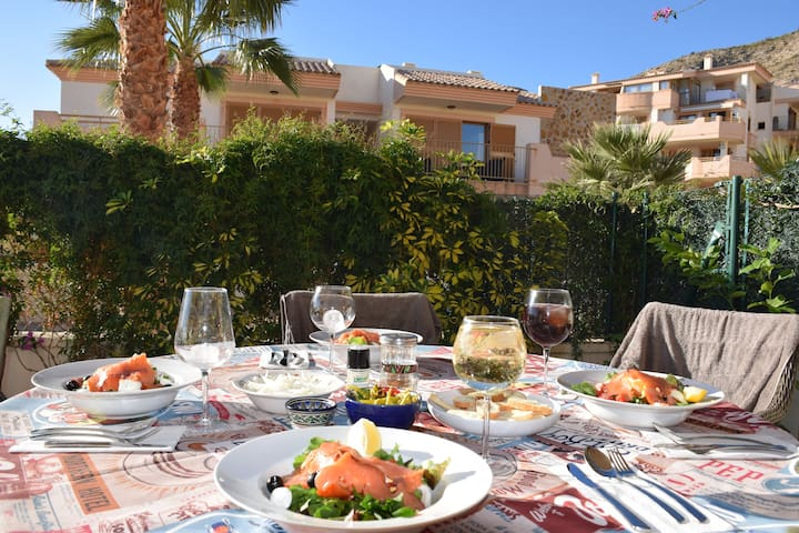 Tropical Paradise in Costa Blanca