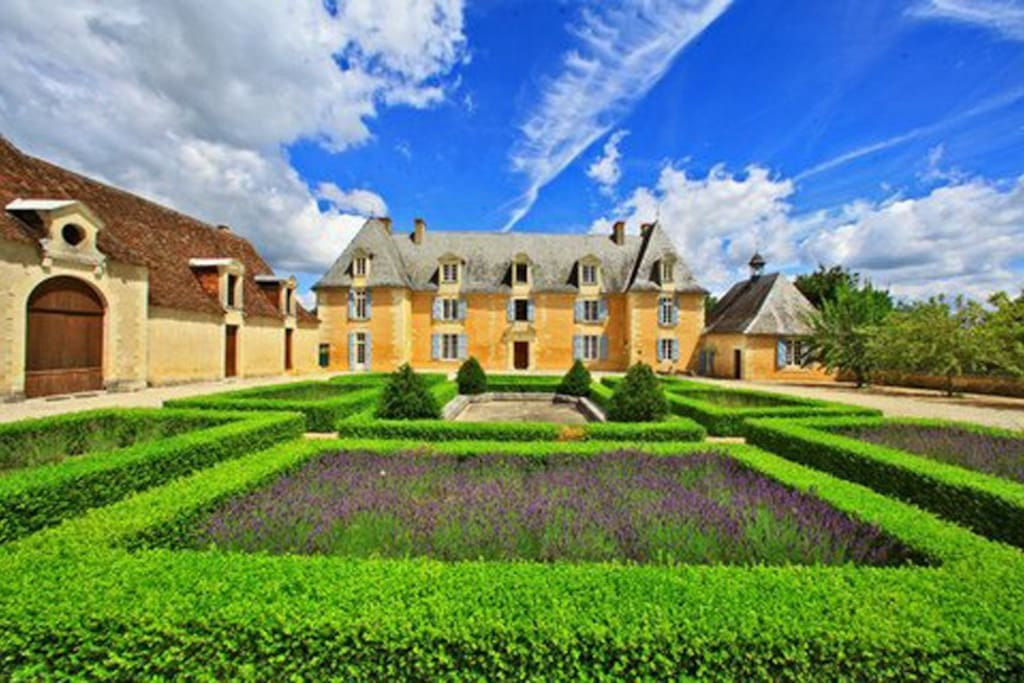 Classic 17th century chateau with sculptured gardens