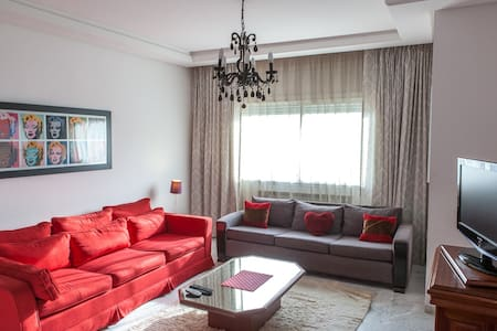 Airy 2BR flat Tunis - Berges du Lac - Tunis