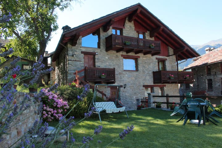 Vacanze in Valle d'Aosta - Introd - Apartament
