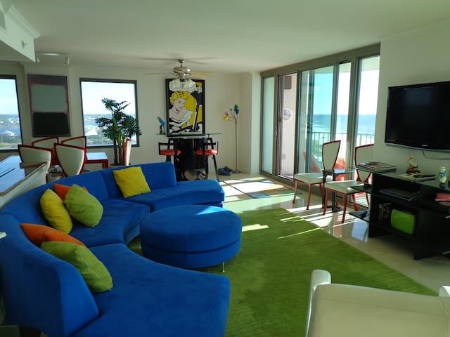 Luxury Penthouse -3 Bedroom, 3 Bath - Pensacola - Lakás