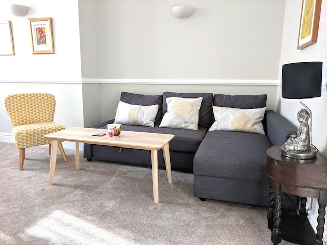 Stunning Georgian 1 bd duplex in City Centre