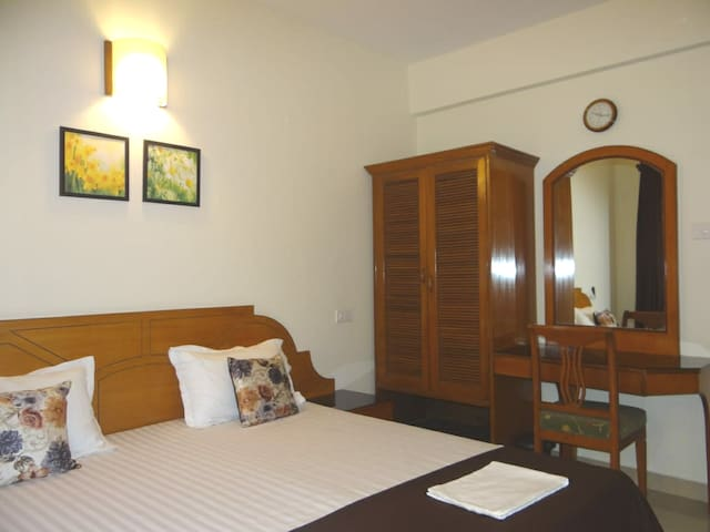 RITZ HOLIDAY HOMES 3 BHK+PATIO FATORDA,MARGAO, GOA