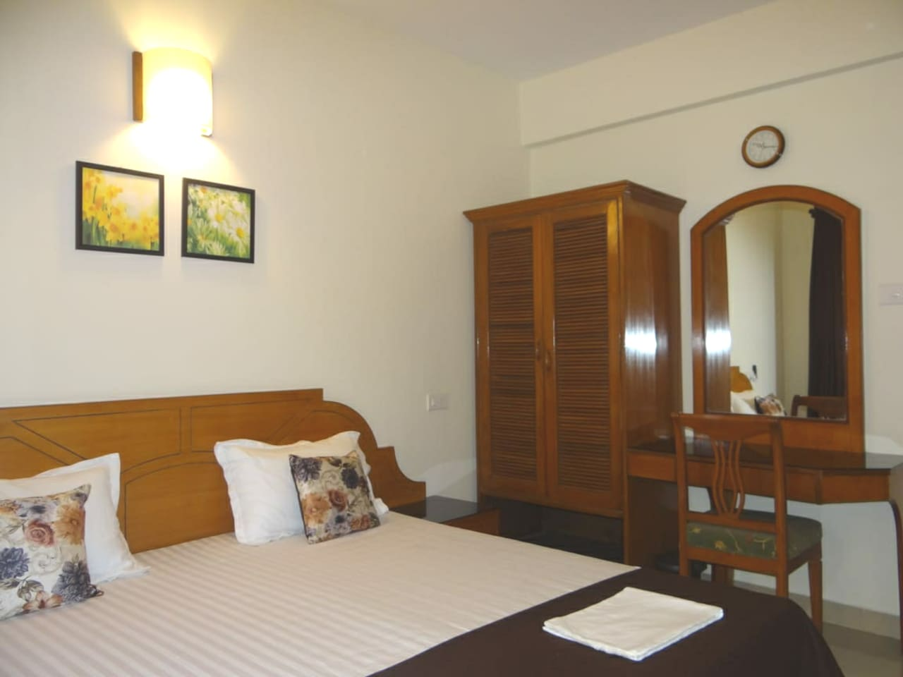 delux aircondationed rooms.with attach bath& toilet