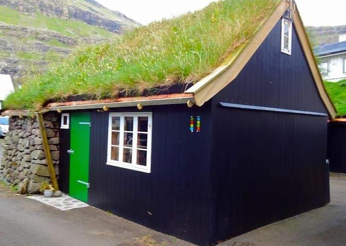 Special old house in Tjørnuvík