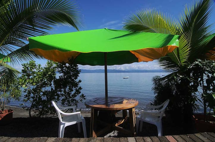 Room for 3 on the Beach - Puerto Jiménez - Bed & Breakfast
