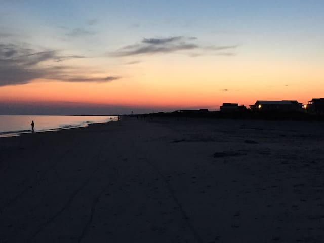 Come relax at Sea Breeze Oak Island - Oak Island - Appartement