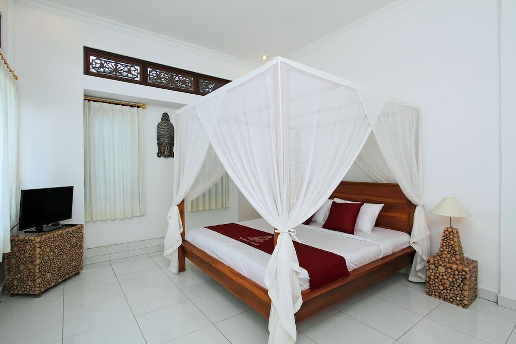 Slaapkamer 1, 30 m2 gelijkvloers.