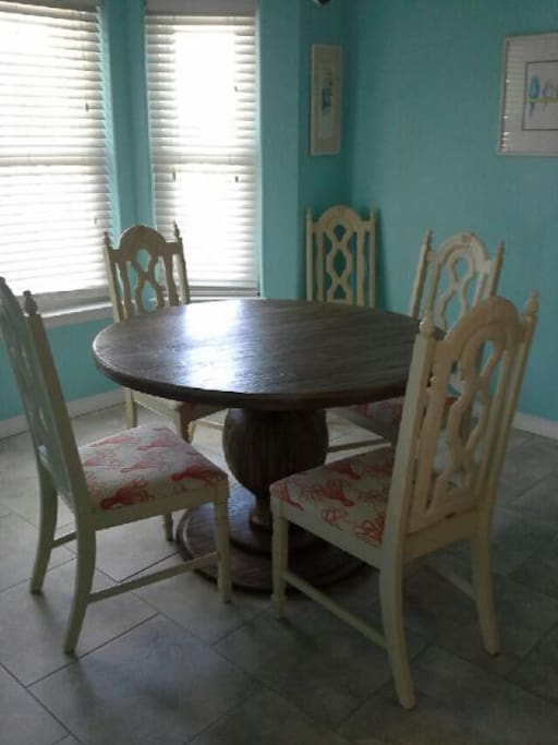 Eat in Kitchen area with seating for 6.  Bar stools for 2