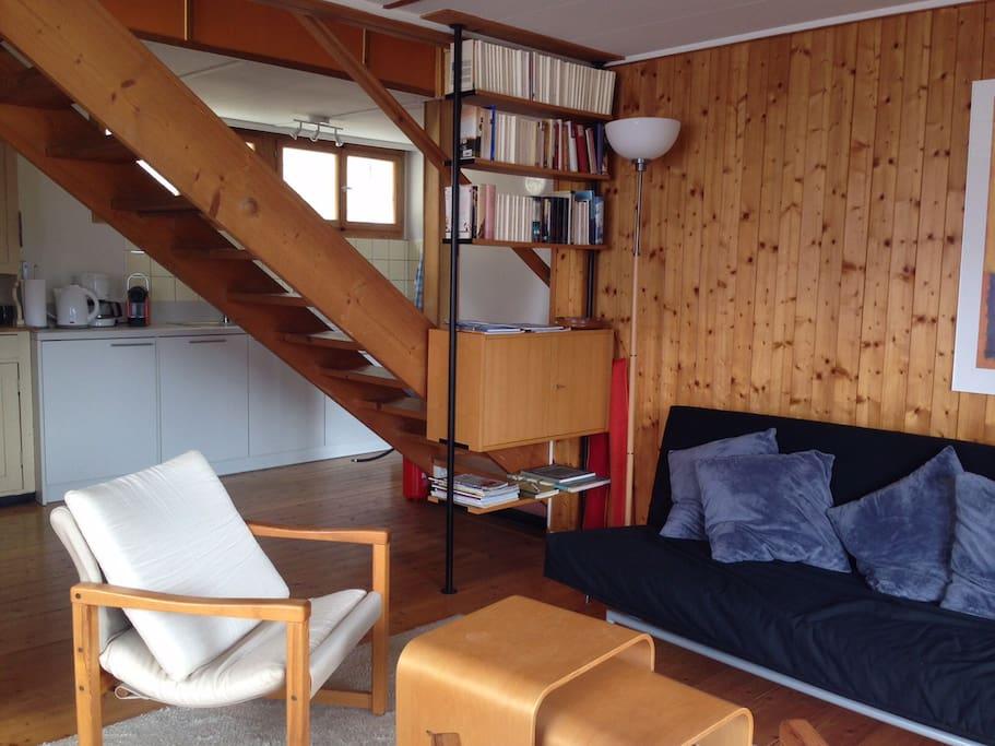 offener Wohnraum mit viel Licht und Wärme / living room