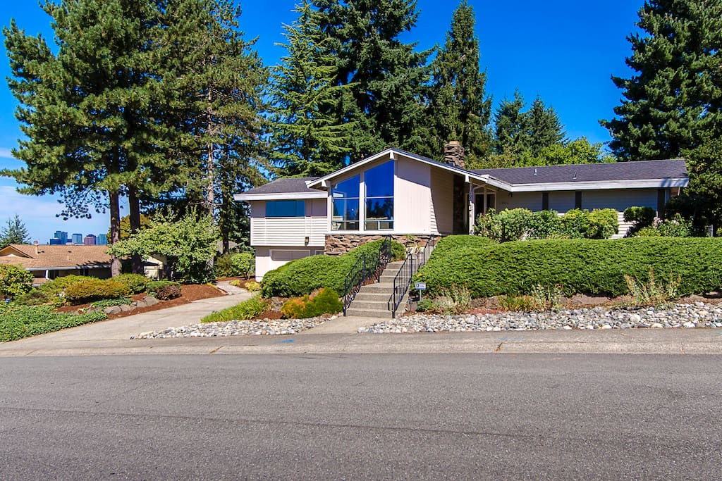 Large view home in quiet, safe College Hill neighborhood.