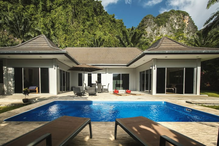 Eden Villas Krabi V1 Private Pool Villa & Free Car