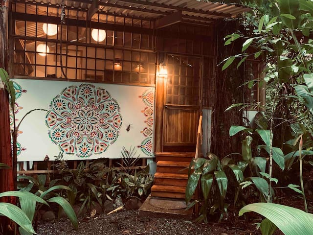 La Casa Karamela Jungle/Beach House
