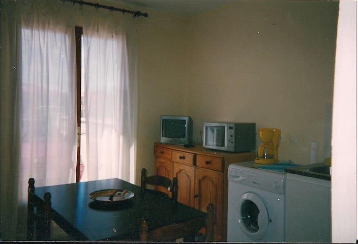 appartement mer et montagne dans PO - Baho - Byt