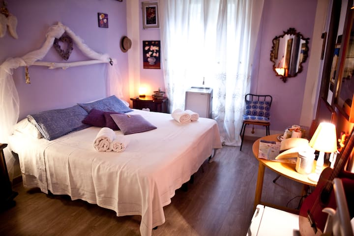 Room Cuore Glicine 2222 - Florence - Huis