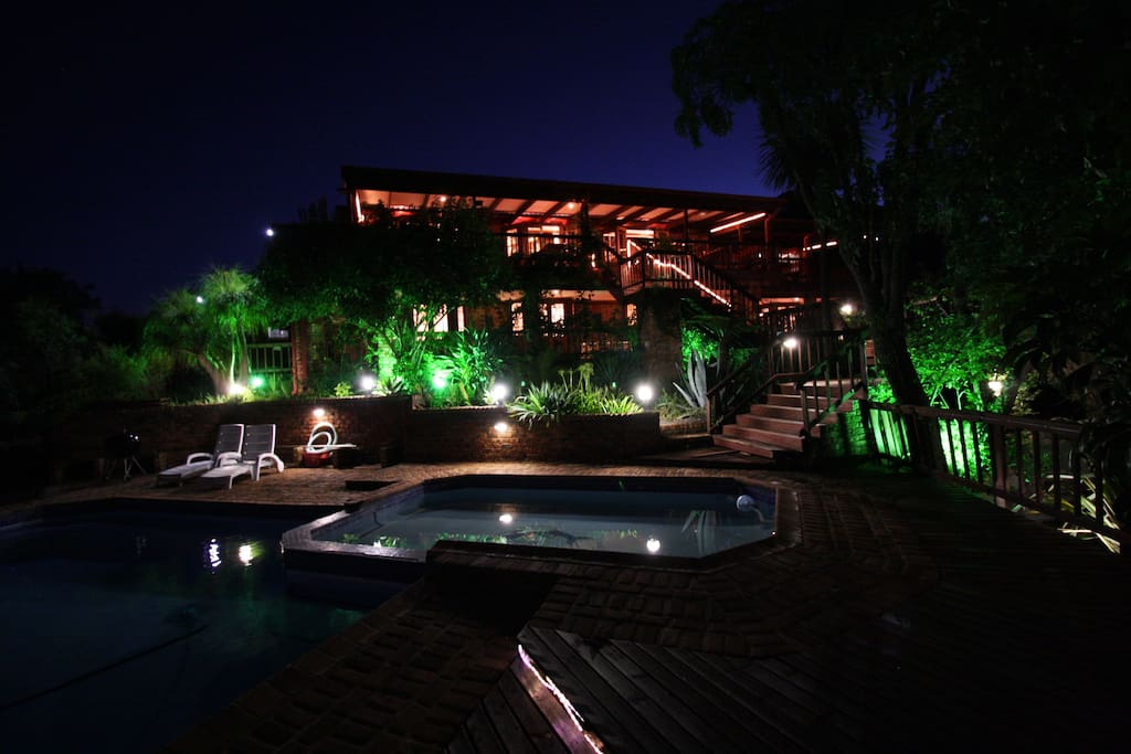 House and pool @ night