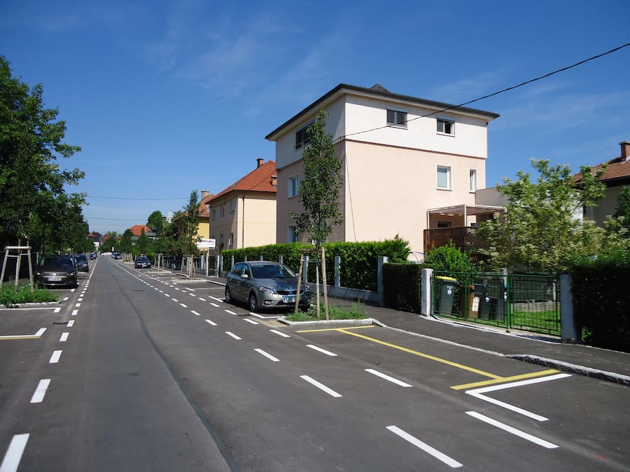 location - FREE parking places at the apartment door