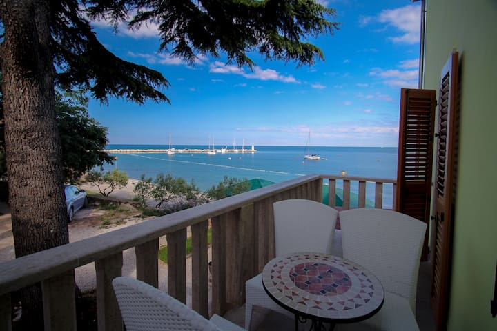 Lovely apt with a stunning sea view - Novigrad - Flat