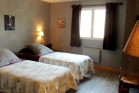 F. de Vigne ou Terroir (St-Emilion) - Saint-Laurent-des-Combes - Bed & Breakfast