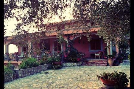 Affascinante Villa Siciliana. - Sambuca di Sicilia - วิลล่า