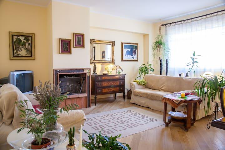 Cri's home - Fratta Todina - อพาร์ทเมนท์