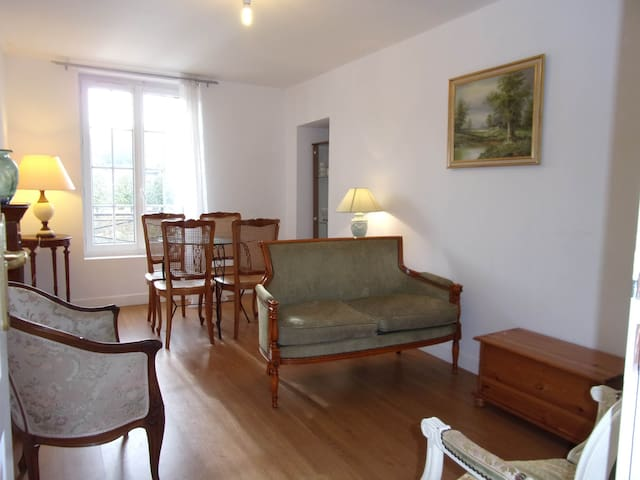 Appart Duplex 3 chambres Familial - Pont-Sainte-Maxence - Kasteel
