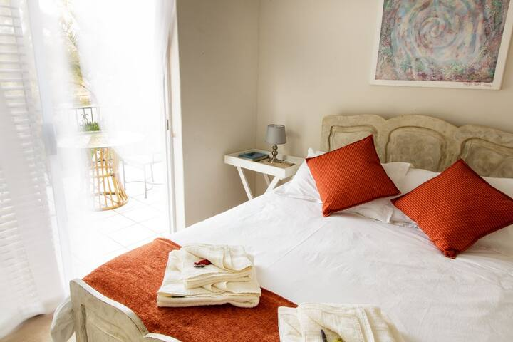 Simmerdown Guest Lodge - Oudtshoorn - Guesthouse