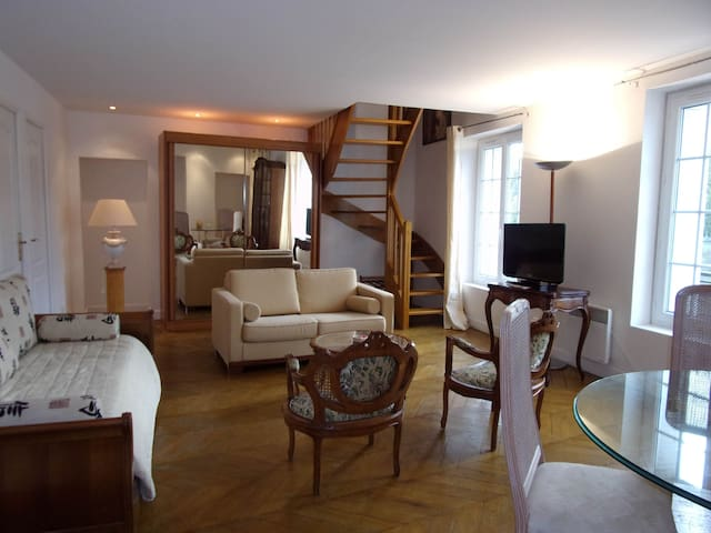 Appart Duplex 2 chambres panoramic - Pont-Sainte-Maxence - Slott