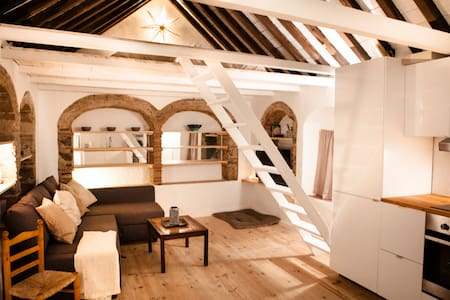 1 - STUDIO IN HISTORIC CENTRE WITH PRIVATE ROOFTOP - Tarifa - Wohnung