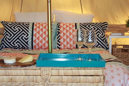 Glamping - 5 Metre Bell Tent - Royal National Park - 帳篷