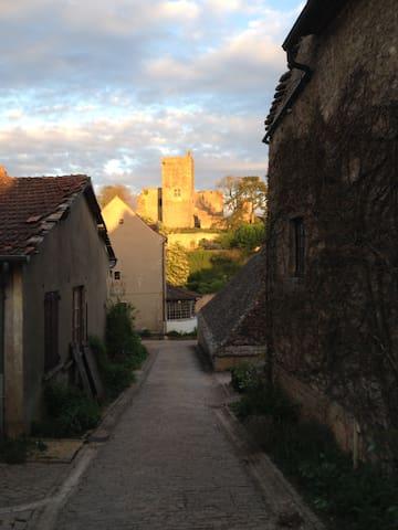 Vieux logis - Martailly-lès-Brancion - Casa
