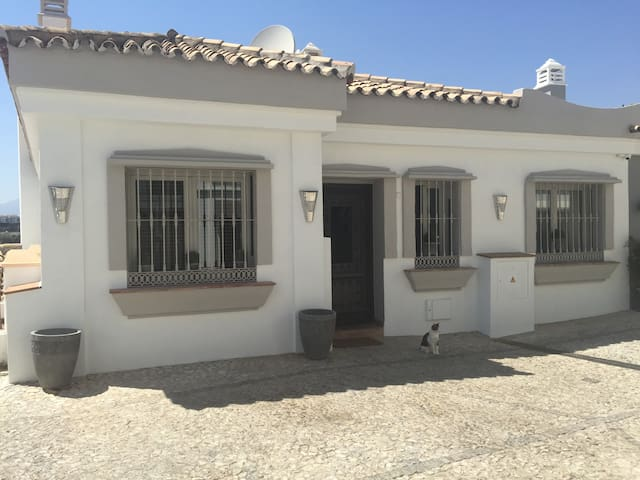Fully equiped dream holiday home. - Marbella - House